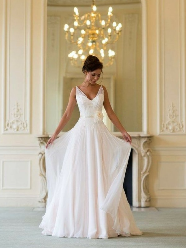 Apple Shaped wedding dress - blank canvas