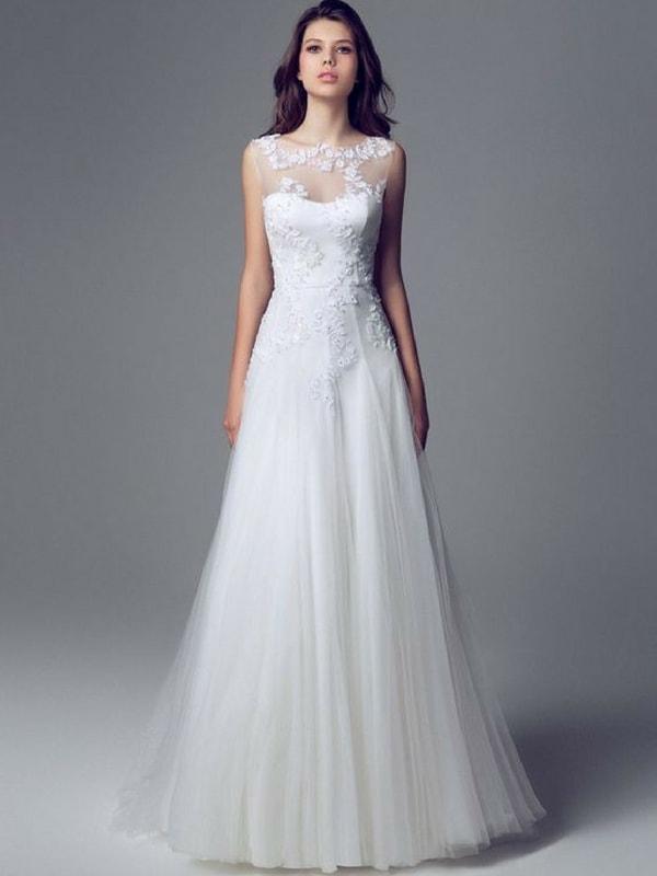 Pear Shaped wedding dress - blank canvas
