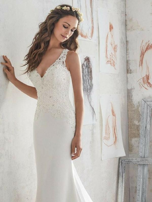 Straight lined wedding dress - blank canvas